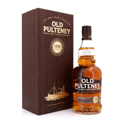 Old Pulteney Jahrgang 1990 Matured in American & Spanish Oak finished in Peaty Casks 0,70 Liter/ 46.0% vol